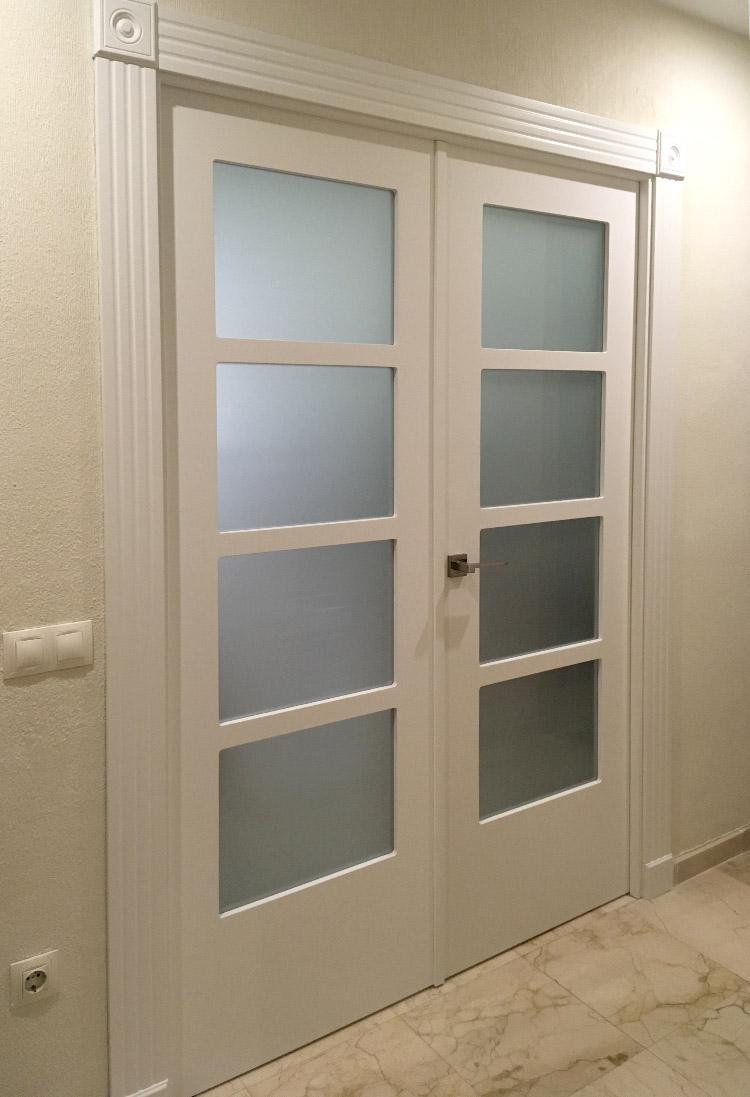 puerta doble pasillo